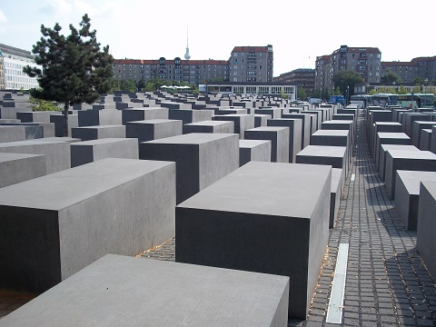 berlin holocaust monument, picture Redflag.info